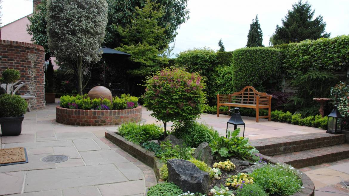 Full Garden Landscape Design with Planting and Water Feature